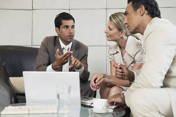 consultant-conseil-finance-couple